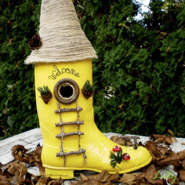Boots Birdhouse